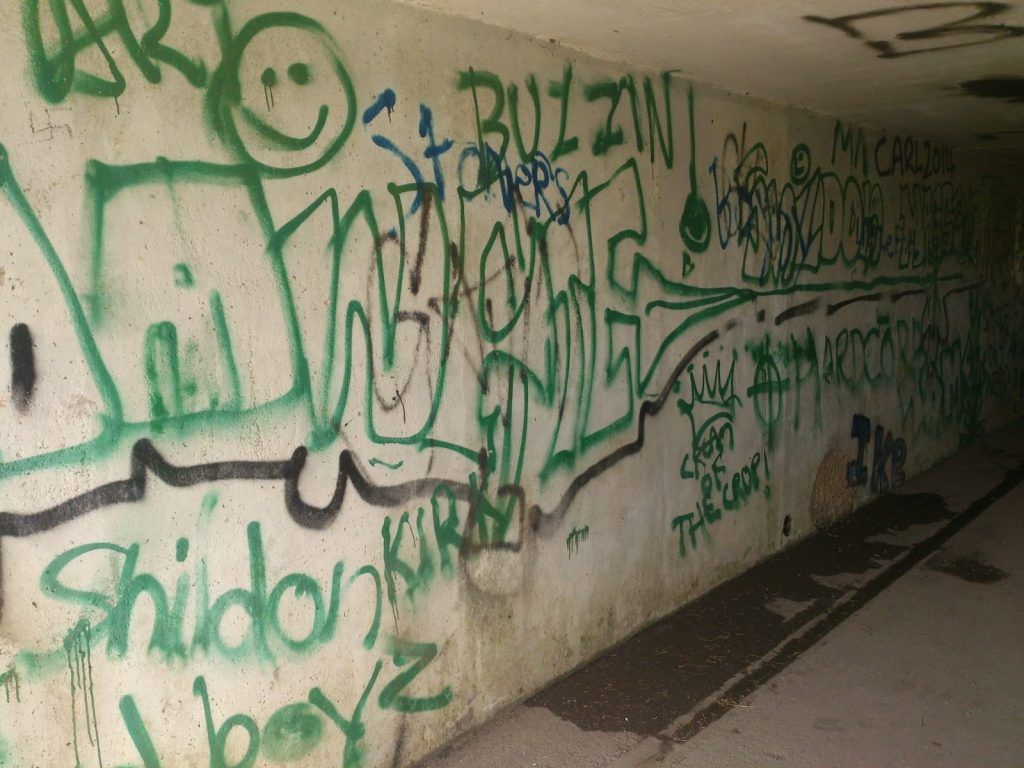 Graffiti removal Before